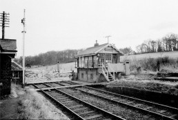 REDUNDANT LITTLE BEALINGS SIGNAL BOX